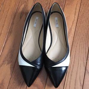 Geox black and white flat shoe